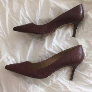 Leather printed heels